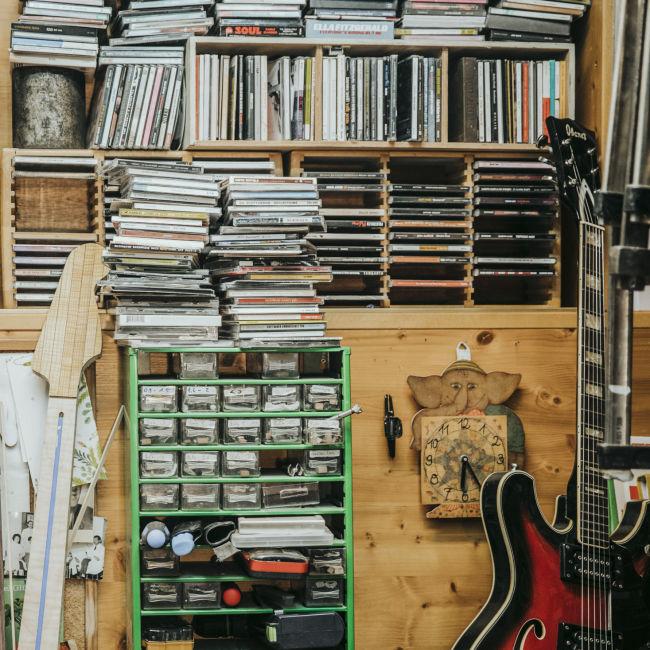 Christoph_Gitarrenbau_2_c_JohannaLamprecht_103
